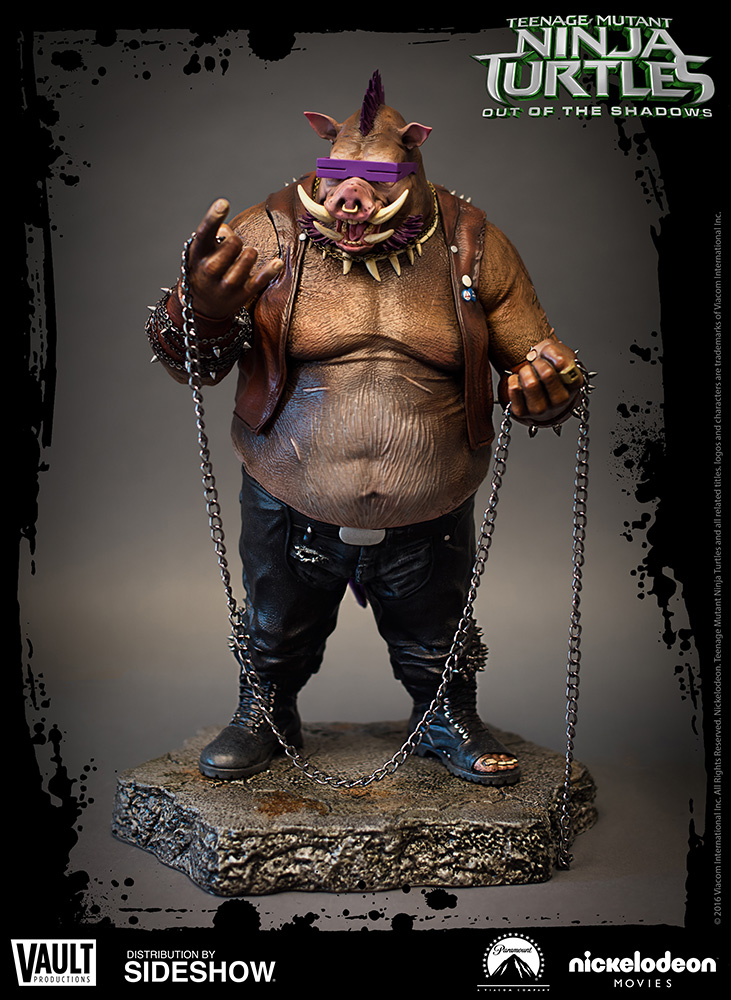 tmnt-out-of-the-shadows-bebop-statue-vault-productions-902744-01